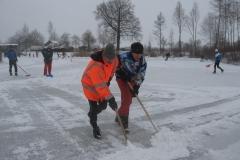 2010-01-10 Grote schoonmaak ijsbaan de Bewwerskaamp 13